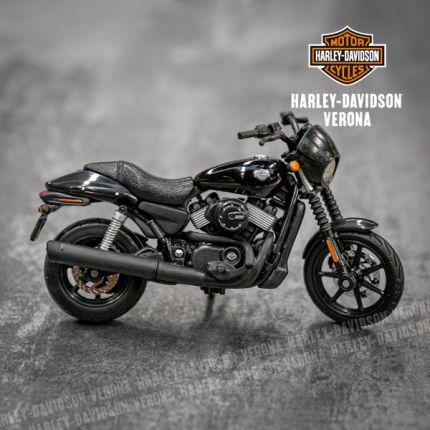 Modellino Harley-Davidson® Street 750 Vivid Black