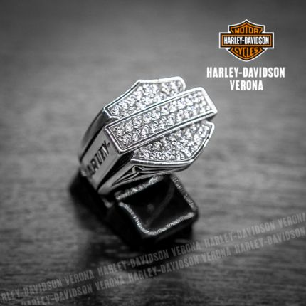 Anello Harley-Davidson® Bar & Shield logo, Zirconi