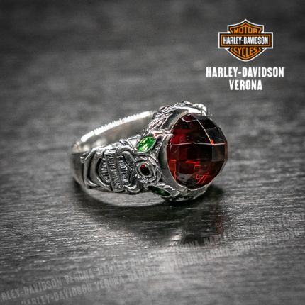Anello buchet Harley-Davidson® by Thierry Martino in argento con granata taglio cubico