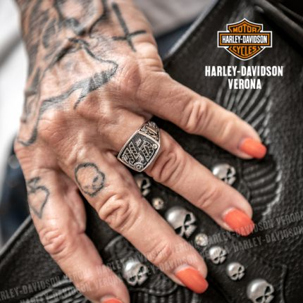 Anello Argento e Onice Harley-Davidson® HD Lettering Rose