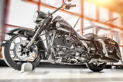 2020 ROAD KING® SPECIAL BLACK