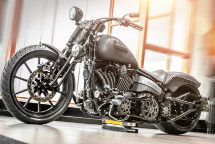 LUCIFER Special Bike su base Breakout