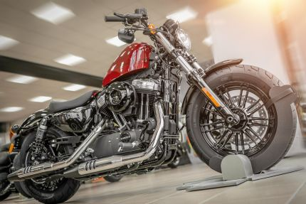FORTY-EIGHT® 2020 RED BILIARD